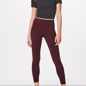 """Lululemon In Movement Tight 25"""" Everlux size 4"""